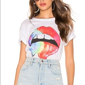 Chaser Rainbow Lips Tee Medium